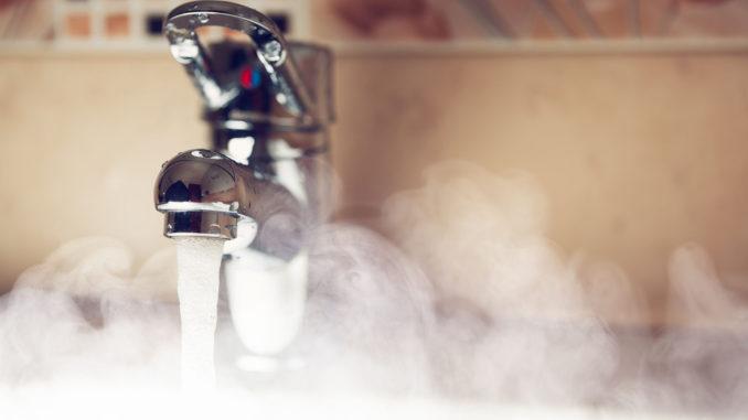 температура горячей воды