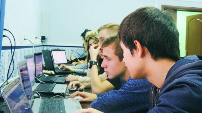 Фестиваль программирования «Эдисон шКодит»