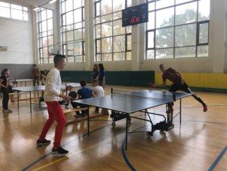 любители настольного тенниса