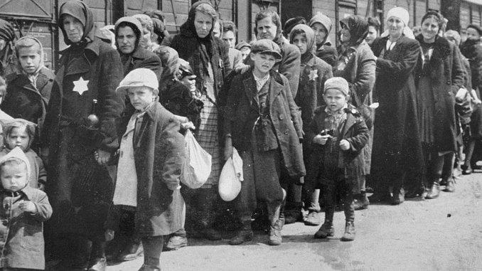 Жертв Холокоста