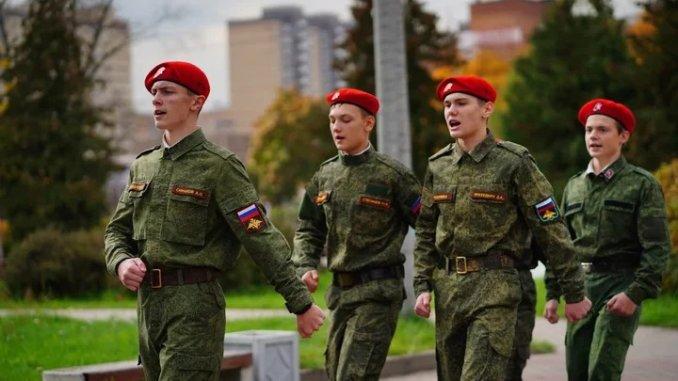 в военно-спортивной игре зарница
